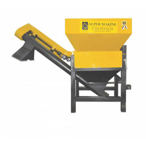 Granulator furaje,cereale Alper 750 Productivitate 750kg/ora,Priza putere tractor